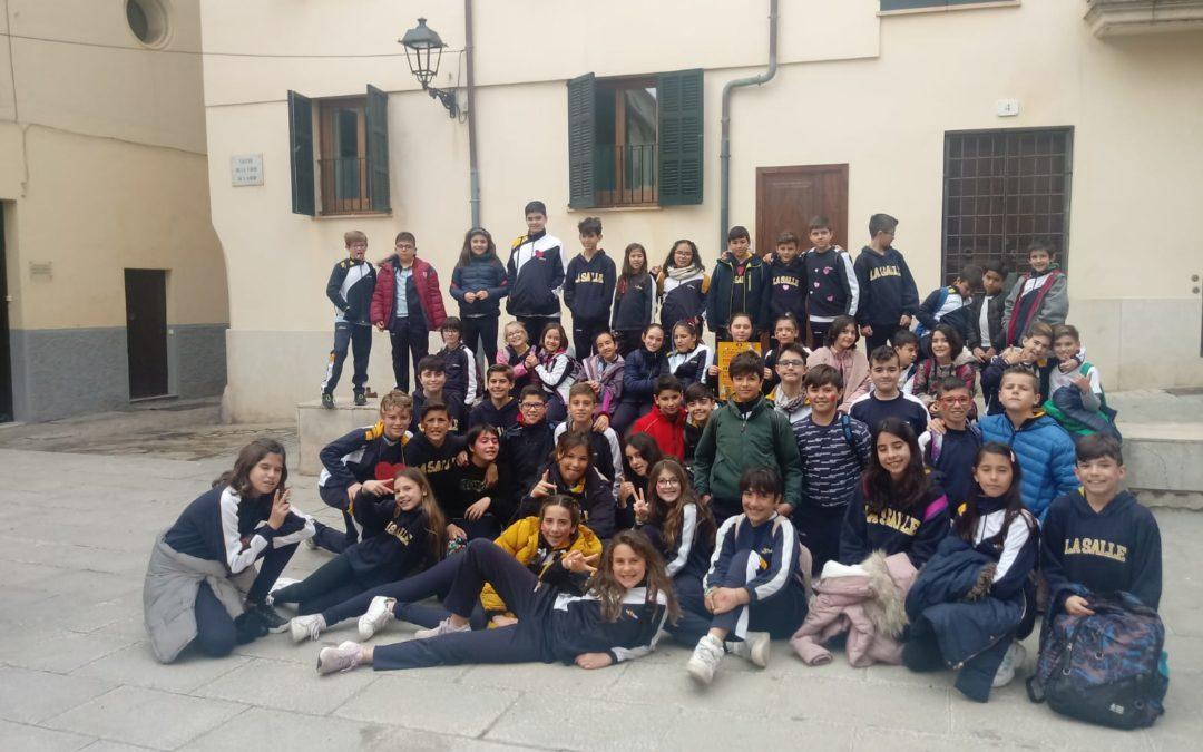 """Visita al teatro municipal Xesc Forteza """"Pere i el llop"""""""